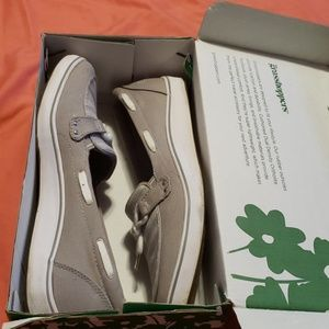 Grasshoppers Shoes - Grasshoppers new in box boat shoes